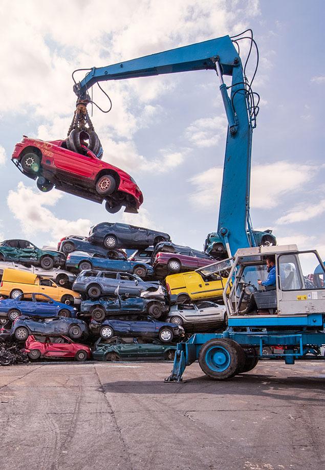 Profesjonalna kasacja pojazdów Dobino